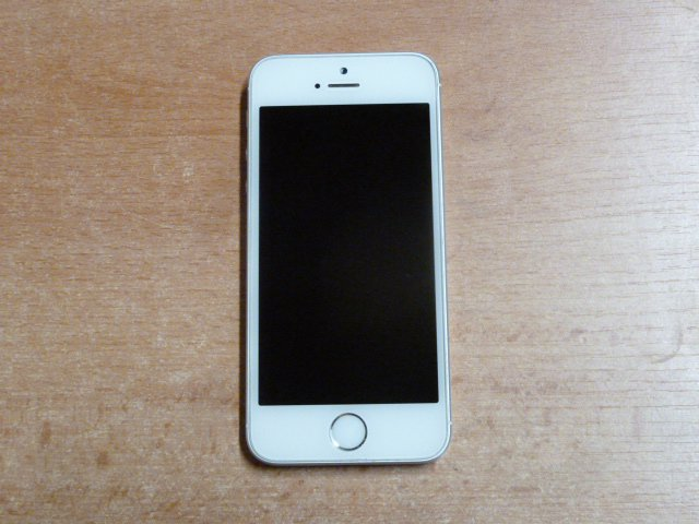 iphone-se-32gb-3.jpg