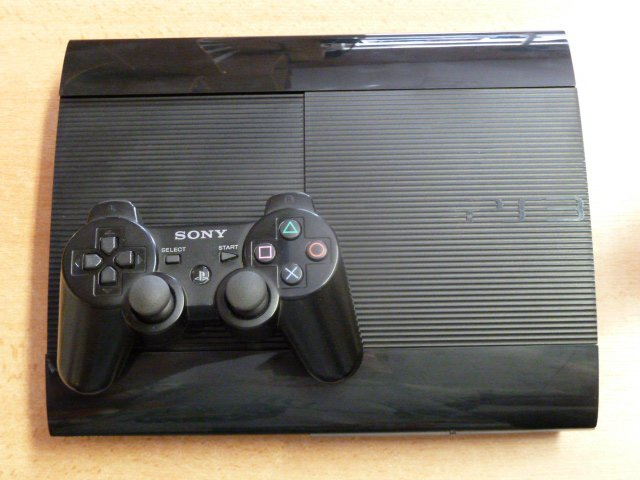 sony-playstation-3-slim-new-12gb-11.jpg
